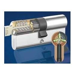 Cylindre STEM 5000 de haute sécurité livré avec 5 clés